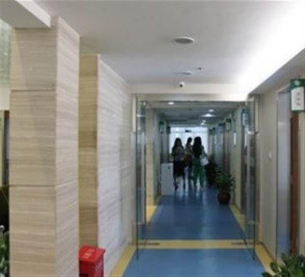 深圳慈铭体检走廊