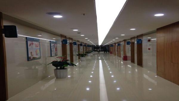 常安体检中心走廊